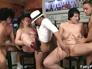 Wild plumper gangbang in the fat club