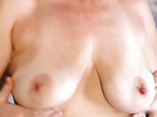 Saggy titted Cougar