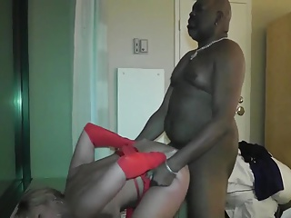 Husband films wife with black friend