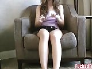 Molly Jane Oils Up and Gives an Amazing Foot job