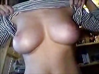 Webcam girl shows off her gorgeous tits