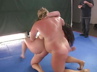 chubby cat fight girls